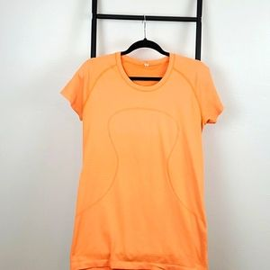 Lululemon athletica orange t-shirt size 12